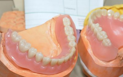 What Happens When Your Dentures Dry Out?