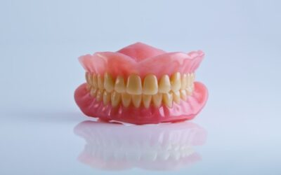 How to Know If Your Dentures Need Repairing