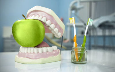How To Eat With New Dentures And Foods You Should Avoid